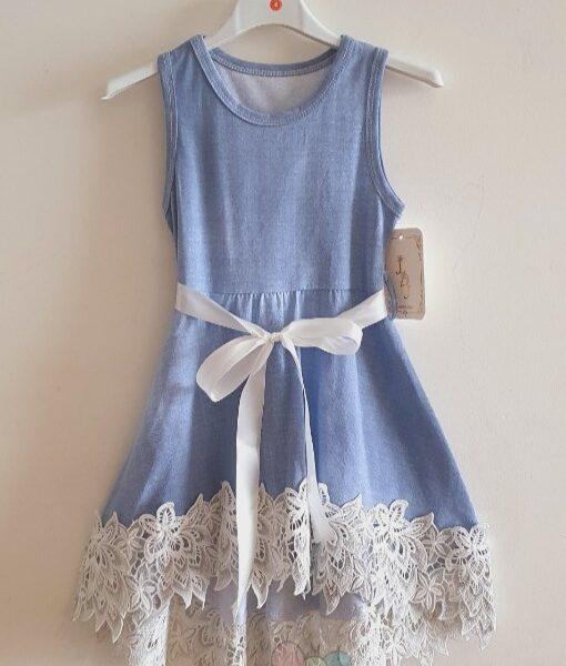 Robe bleu jean et dentelle